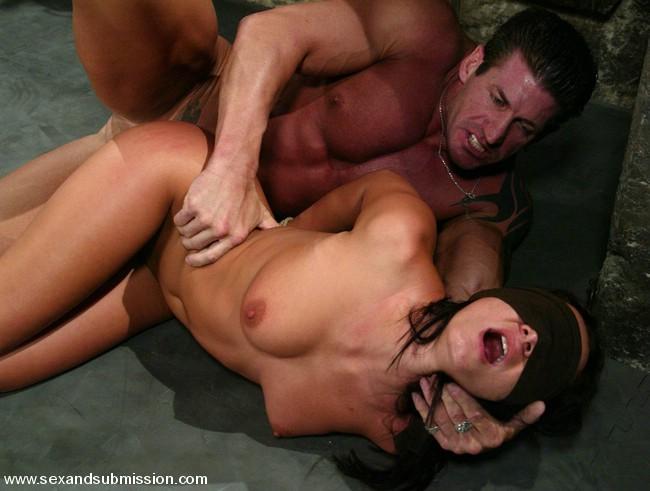 порно фото тёлки любят жесткую бдсм еблю
